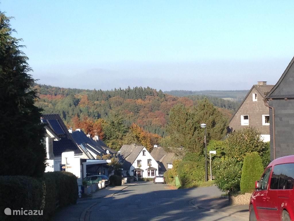 de straat met het prachtige uitzicht