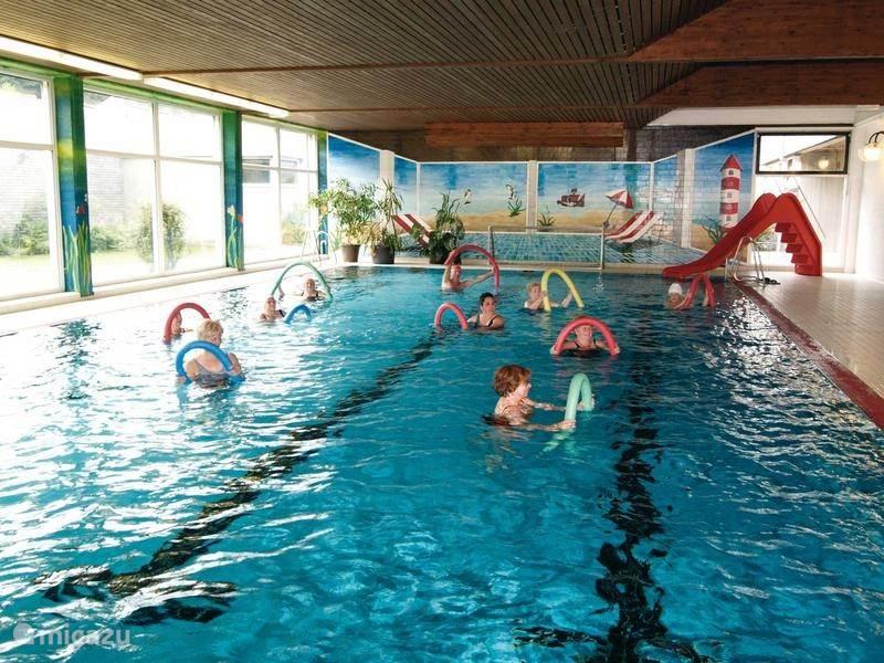 Binnen zwembad Siedlinghausen