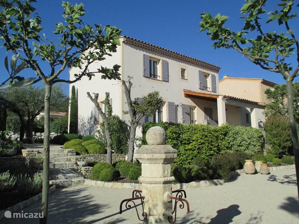 Luxe, 6 persoonsvilla in de Provence.