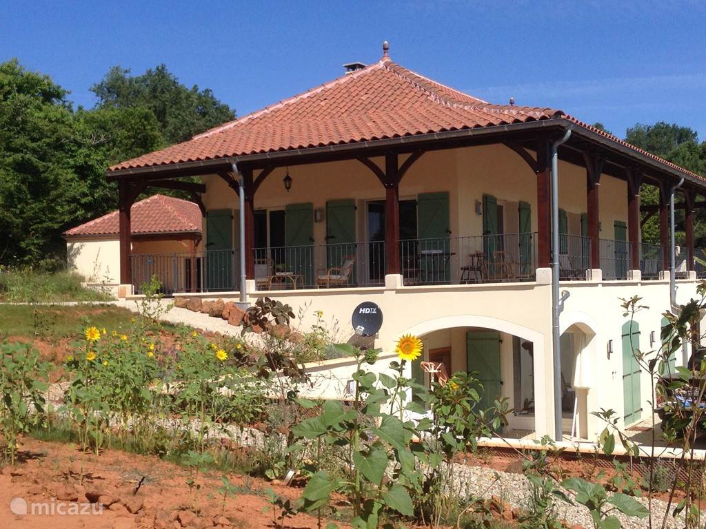 Vacation rental France, Lot – villa Maison d'Abou