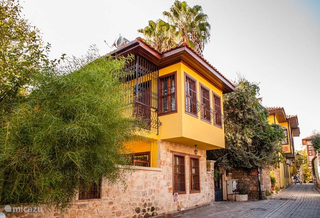 Kaleiçi villa vooraanzicht