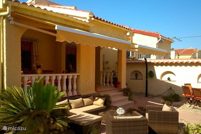 Vacation rental Spain, Costa Blanca, La Marina Villa Casa Naranja