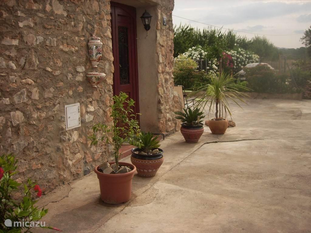 h tte g te romantische spanische ferienhaus in liria valencia spanien mieten micazu. Black Bedroom Furniture Sets. Home Design Ideas