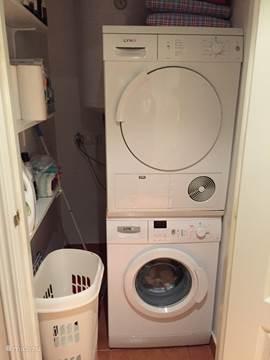 Appartement appartement greenmar2 platja de pals in platja de pals costa brava spanje huren - Een wasruimte voorzien ...