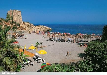 Lekker strandje dicht bij de villa