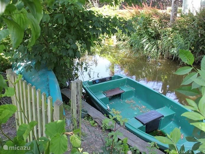 Boerderij de Stapert zit aan het water, gebruik van kano en boot gratis