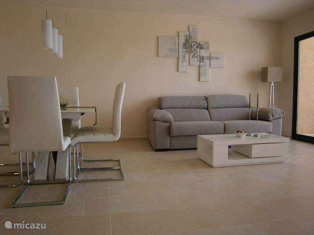 Modern minimalistic deco