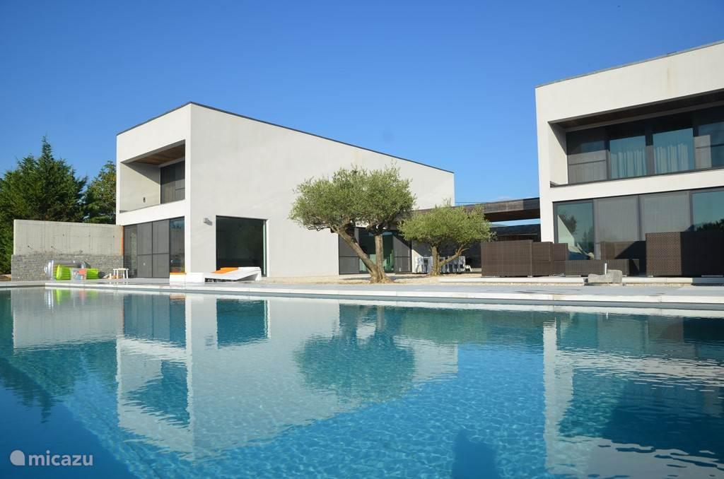 Ferienwohnung Frankreich, Ardèche, Beaulieu Villa Super Moderne Haus In  Ardèche ...