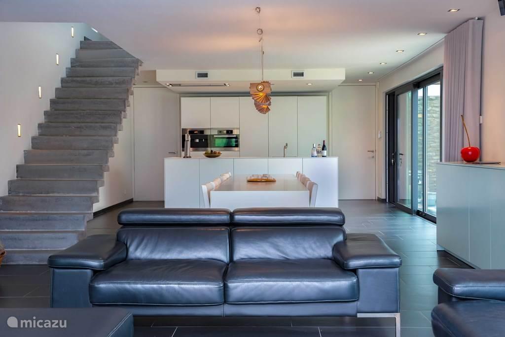 Super modern huis in ardèche in beaulieu ardèche huren micazu