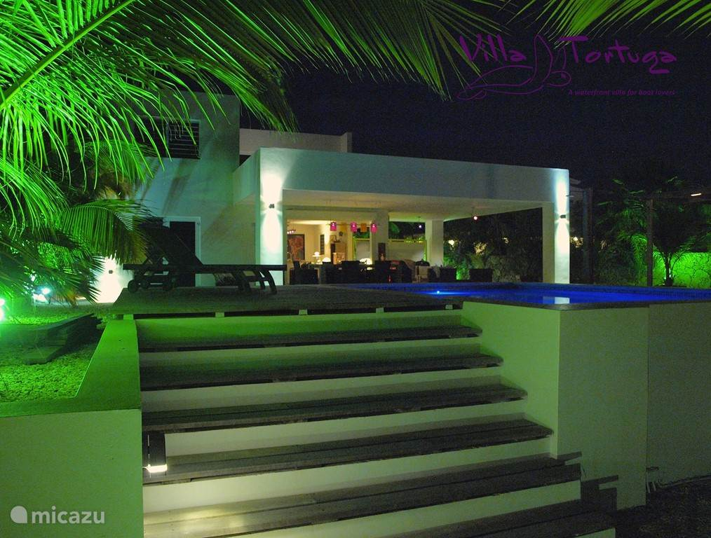 Villa Tortuga at night. Truly beautiful.