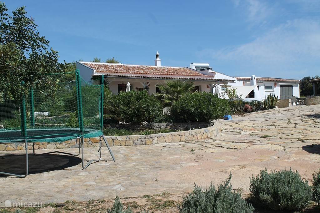 Quinta Maya met trampoline.