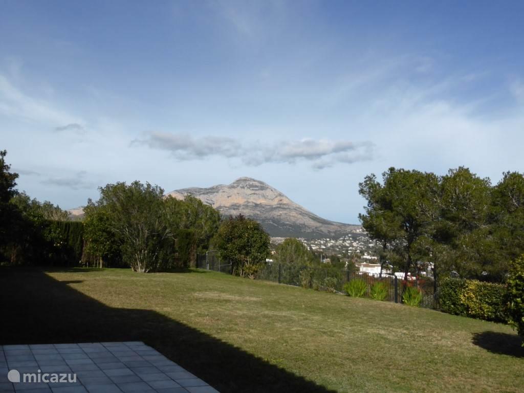 Montgo-berg vanuit de tuin