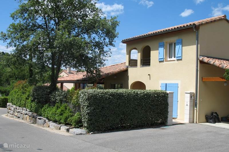 Vacation rental France, Ardèche, Vallon-Pont-d'Arc Villa Villa Beauregard 83