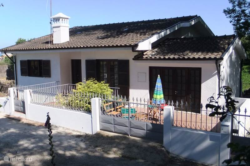 Vakantiehuis Portugal, Costa Verde, Arcozelo Appartement T4 Miramar strand 10km Zuid Porto