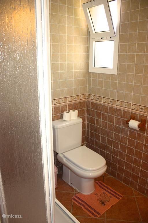Badkamer - toilet en douche