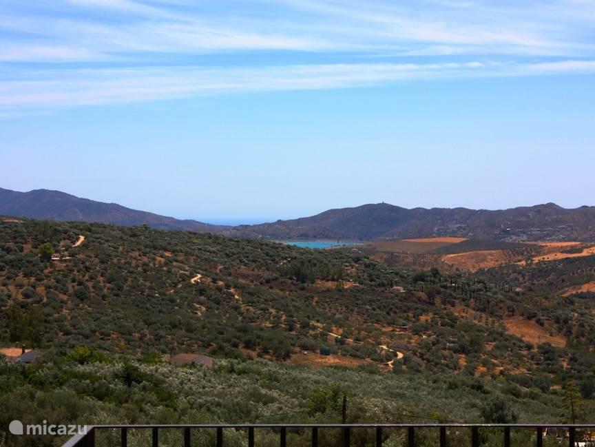 Mooi uitzicht - bergen - meer en zee
