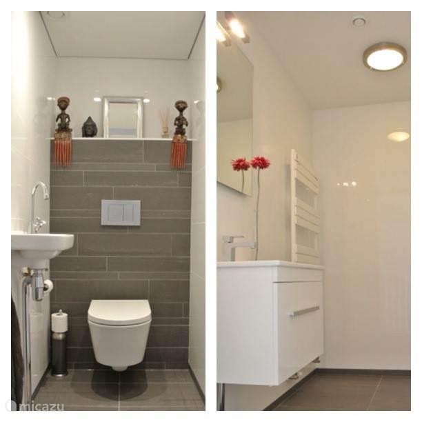 Toilet & bathroom ( separate)