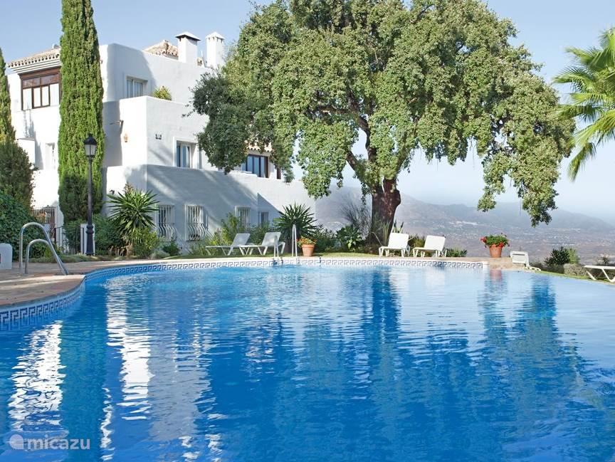 Vakantiehuis Spanje, Costa del Sol, Marbella Elviria - appartement Appartement met fantastisch uitzicht
