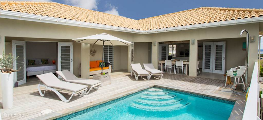 Vacation rental Curacao, Banda Ariba (East), Jan Thiel villa Royal Villa sea and beach