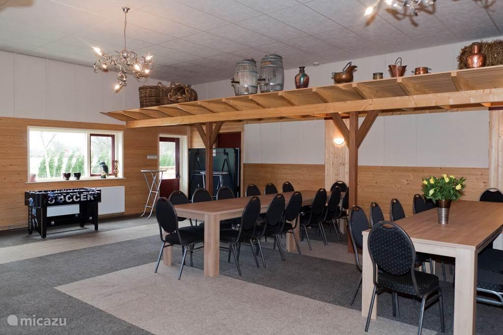 Een huis kamer van 190 m2 met vloerverwarming .