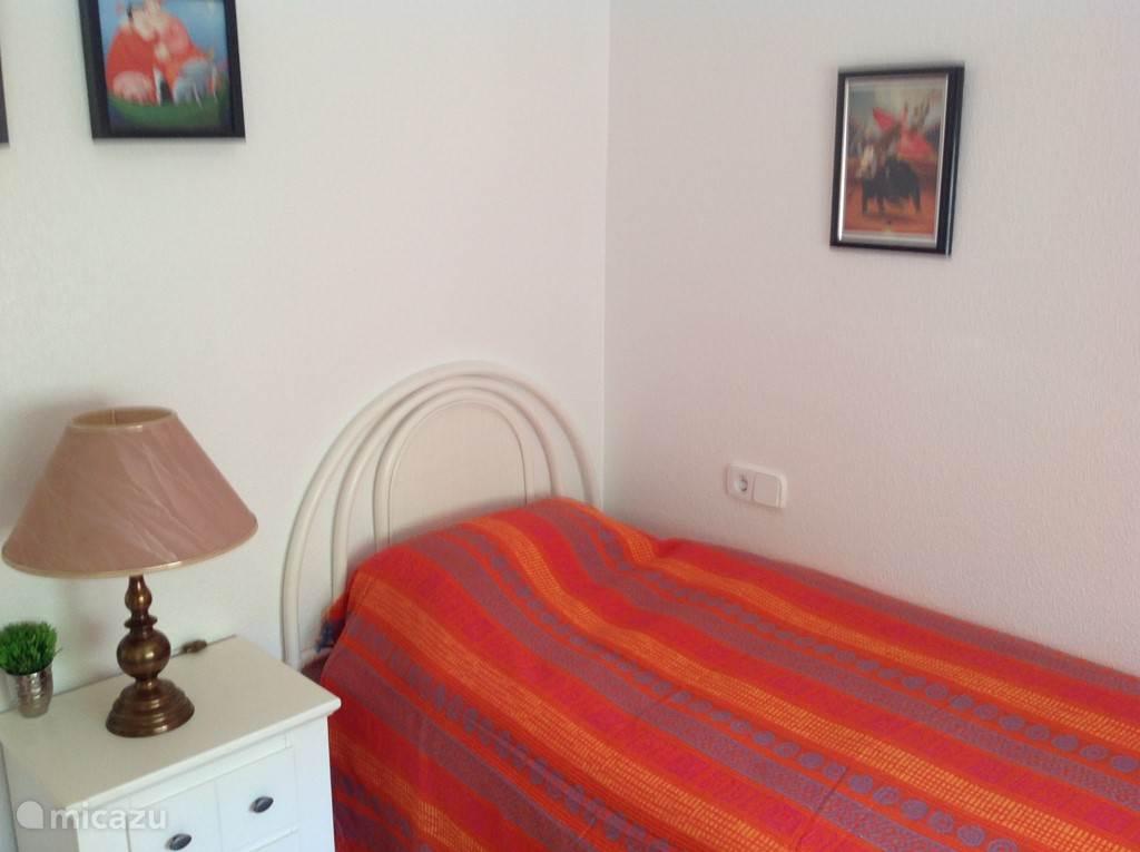 Tweede slaapkamer met uitschuifbaar tweede bed