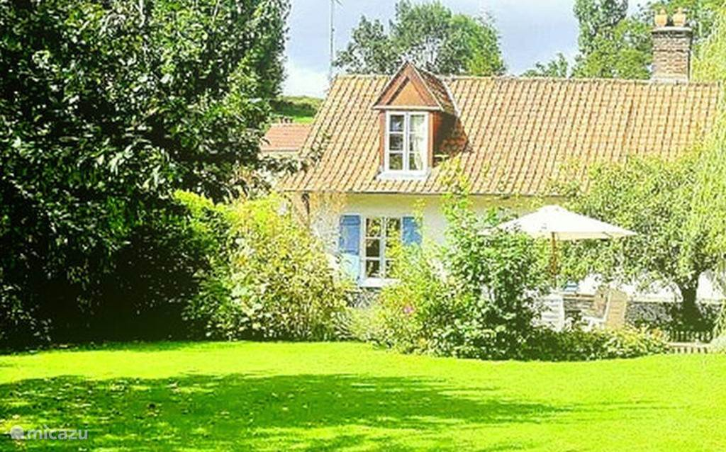 Vacation rental France, Pas-de-Calais, Montcavrel holiday house La Ferme Blue-Blanc