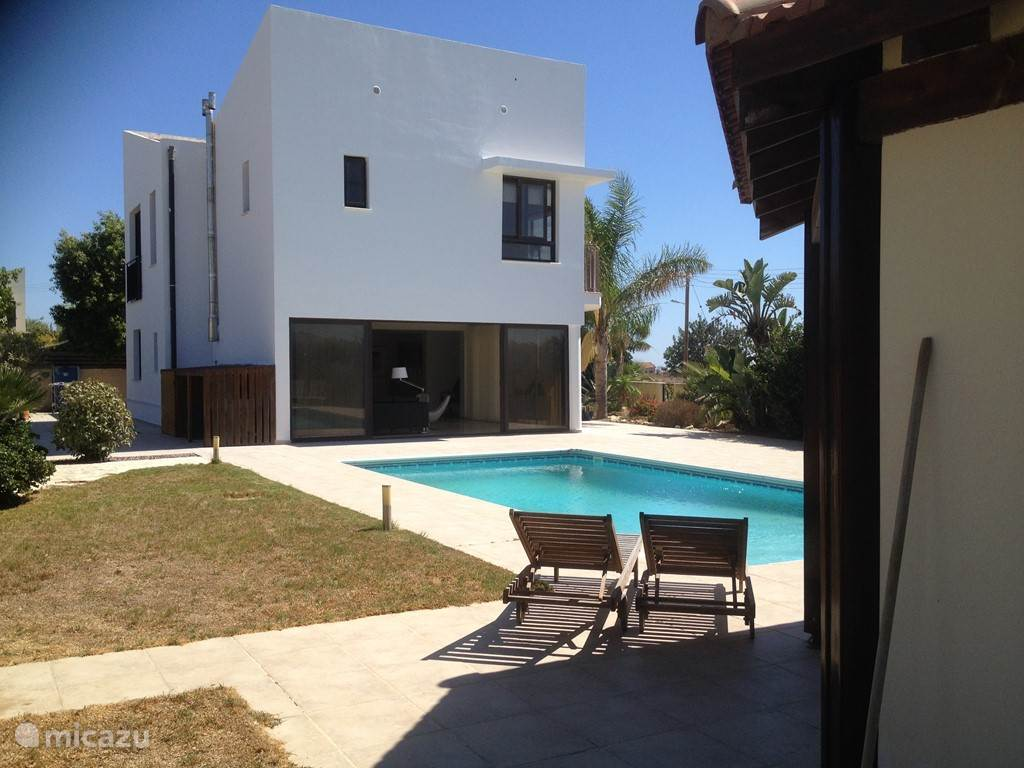 Vacation rental Cyprus, Larnaca – villa Holiday house Mazotos Hills 1