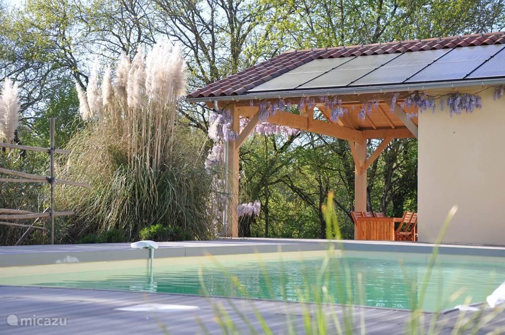 Vakantiewoning Le Galeau, waar kinderen onbezorgd kunnen ravotten en de volwassen kunnen genieten en relaxen. Welkom in Lencouet