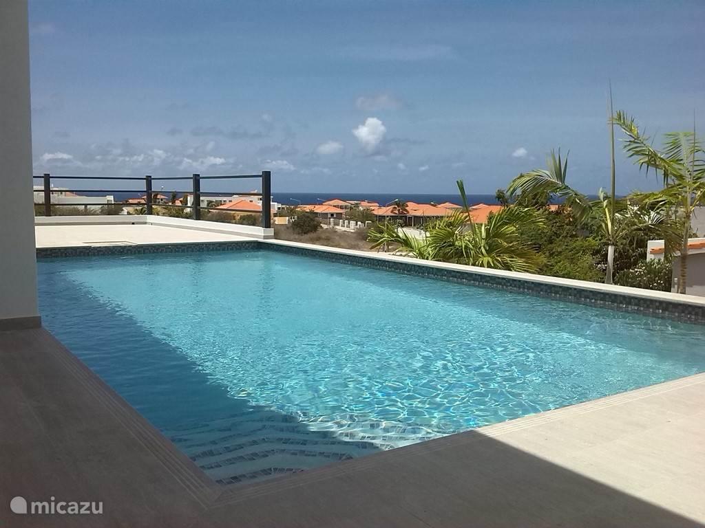 Prachtig uitzicht over de Caribische zee