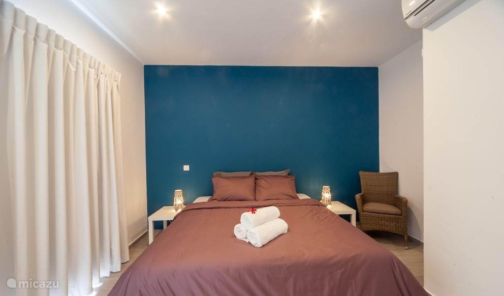 Alle kamers zijn voorzien van airconditioning en comfortabele boxsprings