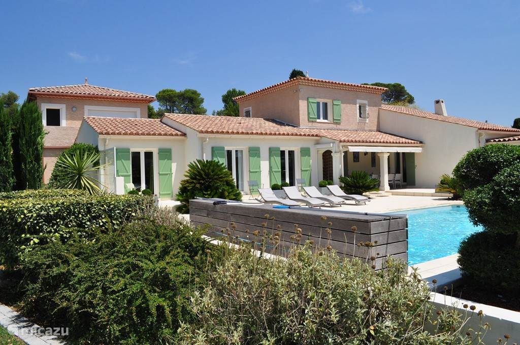 Vacation rental France, Languedoc-Roussillon, Guzargues villa La Pacotille