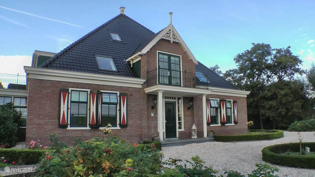Mindervaliden, Nederland, Noord-Holland, Katwoude, boerderij Hoeve Chapeau