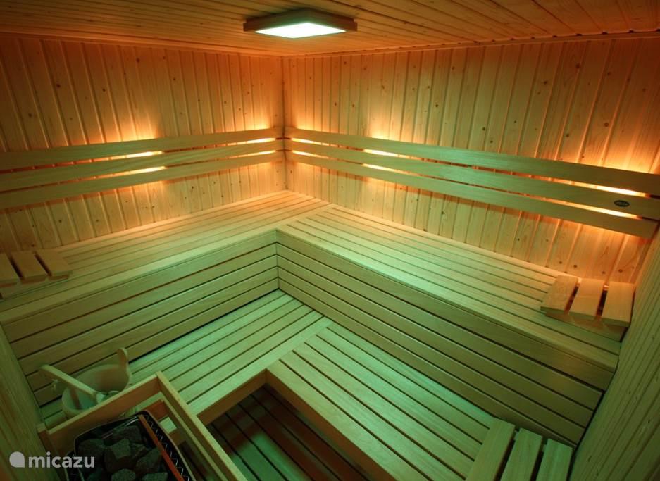 Luxe VSB Finse Sauna met 4 ligplaatsen