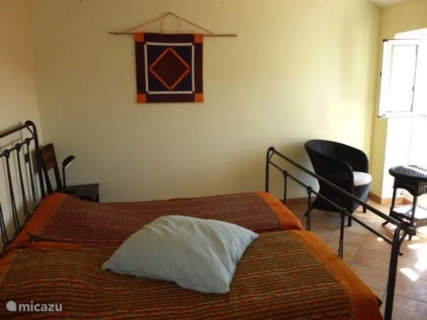 2-pers. bed met 2 aparte matrassen