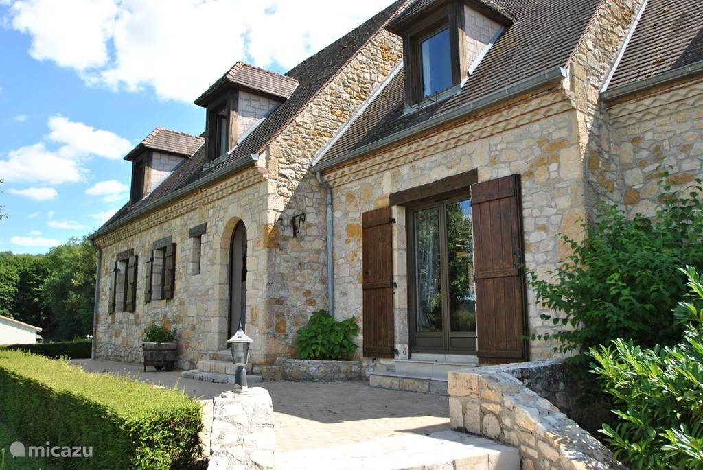 Vacation rental France, Dordogne, Perigueux holiday house Martine