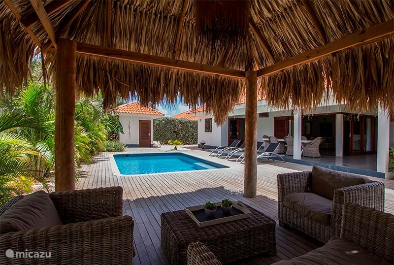 Vakantiehuis Curaçao, Banda Ariba (oost), Villapark Flamboyan Villa Nos Destino