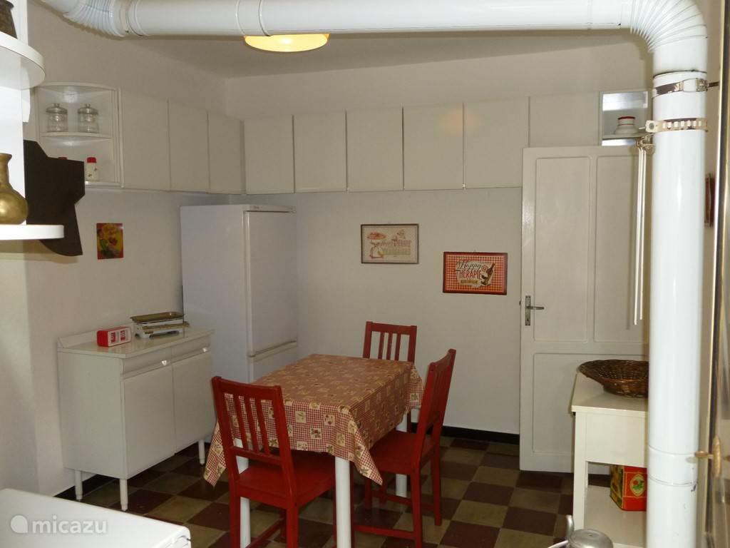 Ruime en knusse keuken