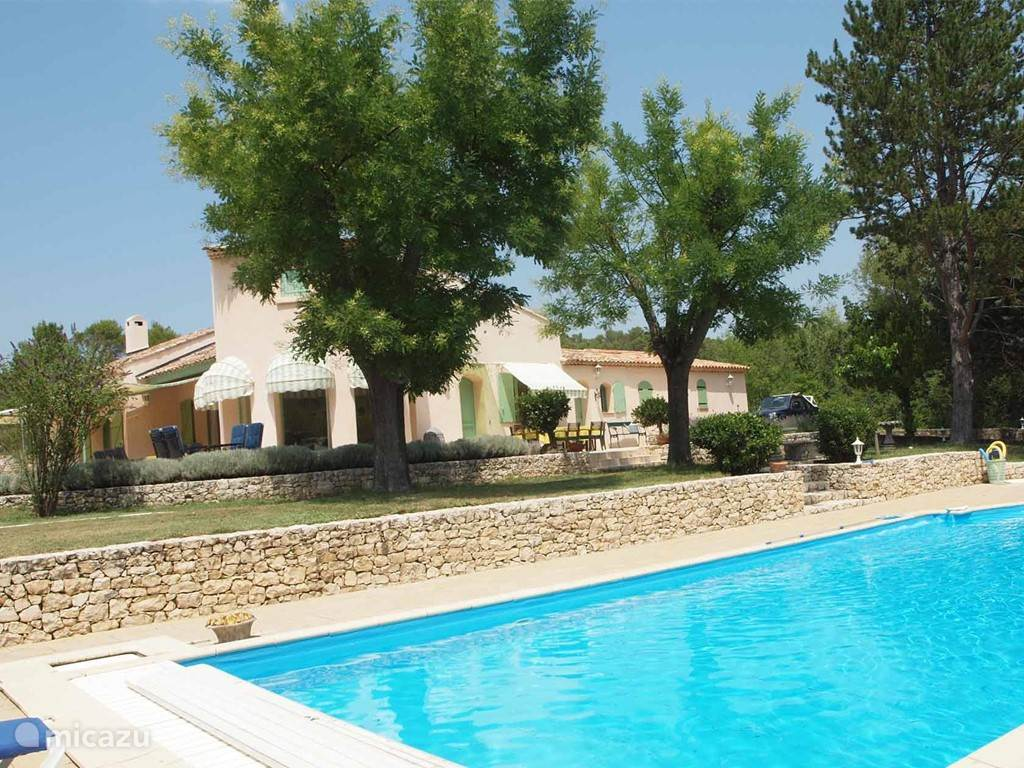Vacation rental France, Provence, Brue Auriac - villa Au Pont Romain Villa 1