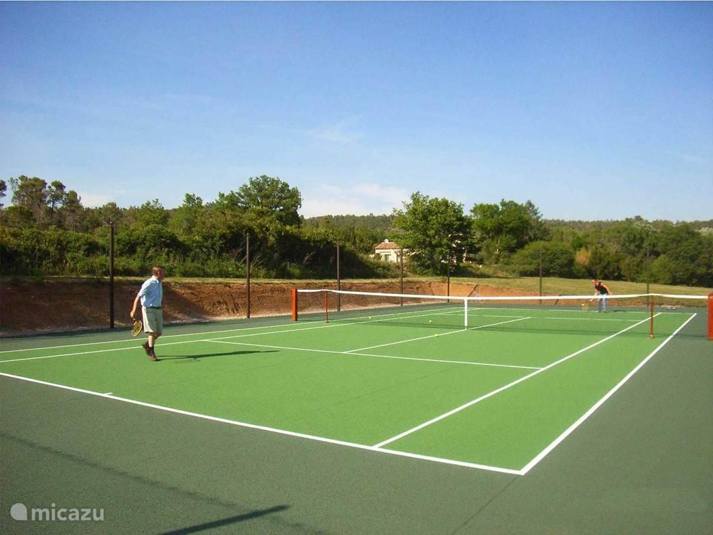 Privé tennisbaan