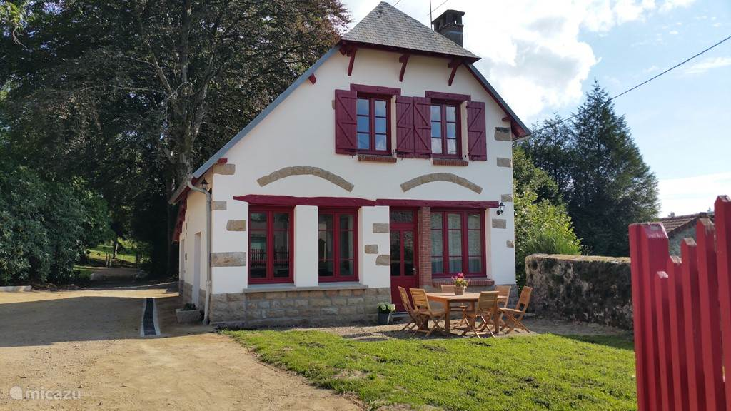 Vacation rental France, Limousin – holiday house Les Charmilles de Porcelaine