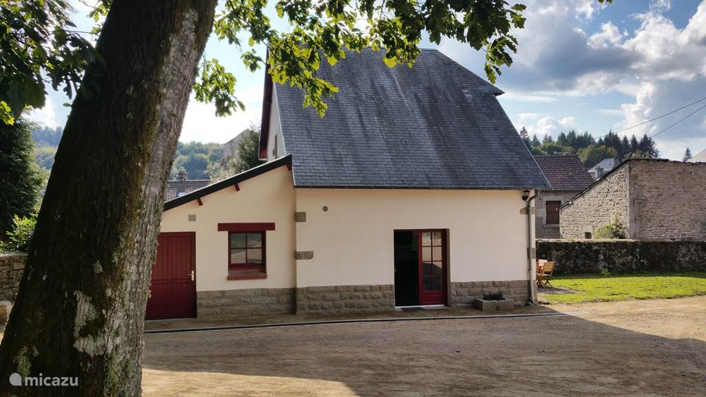 Vacation rental France, Limousin, Royère-de-Vassivière Holiday house Les Charmilles de Porcelaine