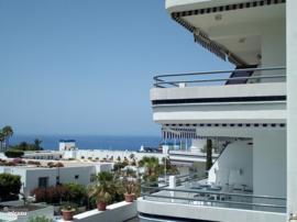 Nu in prijs verlaagd in de lente, ga voor zonzeker en luxe naar Tenerife. Complex overal dichtbij in Aparthotel 4*  Korting in juni 100 euro p.week.