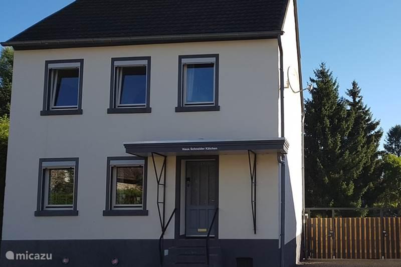 Vacation rental Germany, Eifel, Deudesfeld Holiday house Schneider Kätchen
