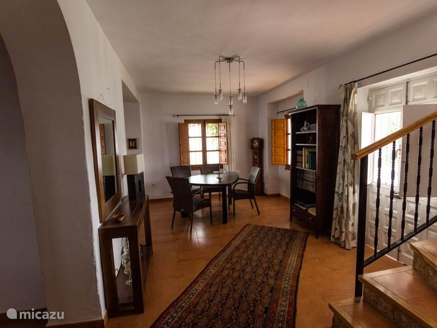 Deel van de L vormige woonkamer