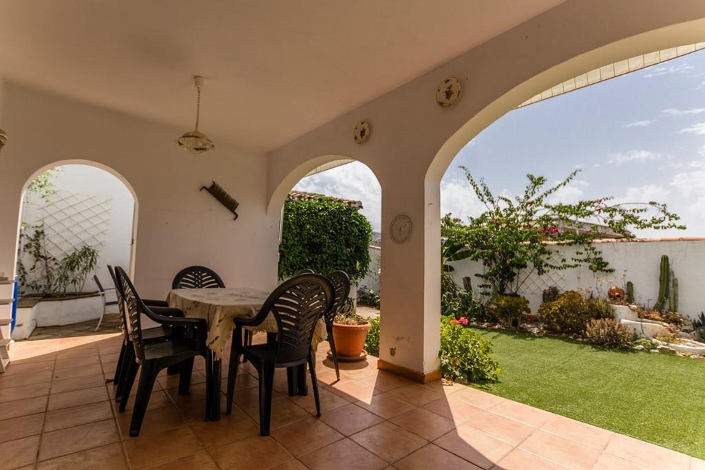 Heerlijk genieten van de zon in Andalusie. Dorpswoning in het witte dorpje Riogordo. Boek voor 31 maart en ontvang 15% korting.
