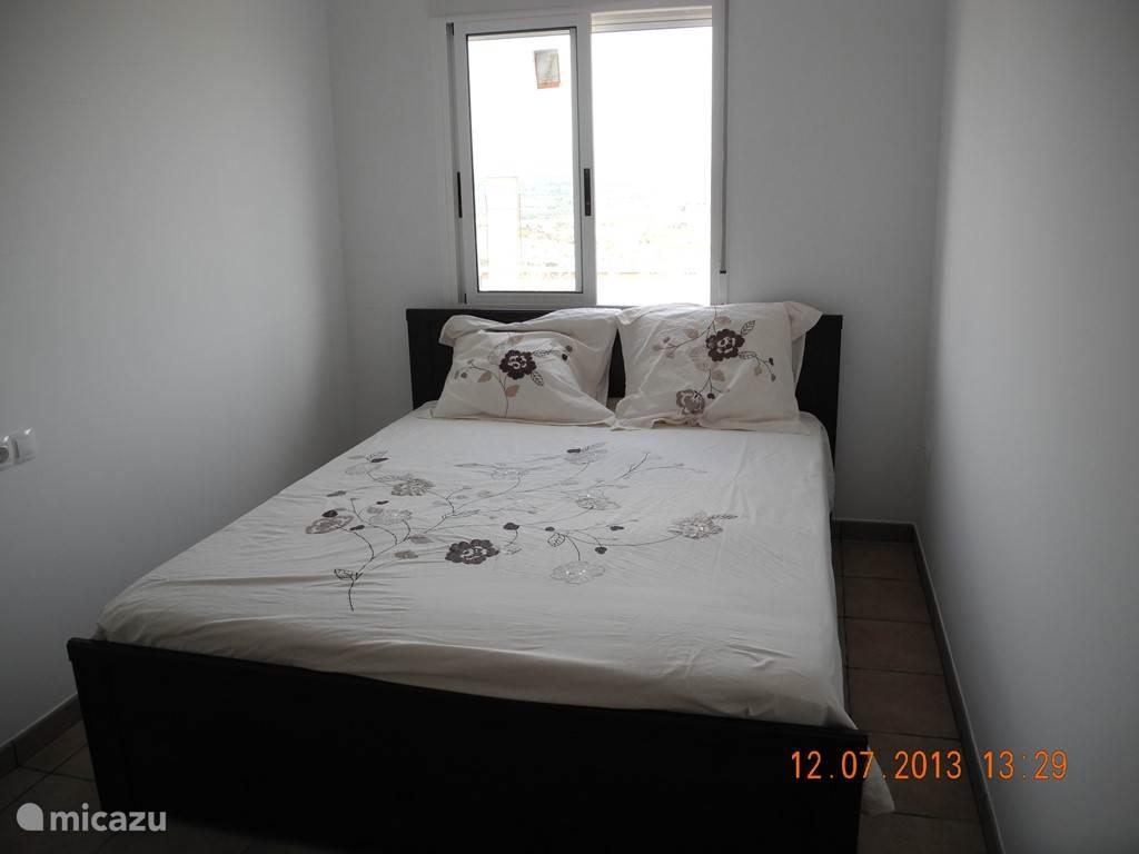 Dit is één van de 3 slaapkamers.