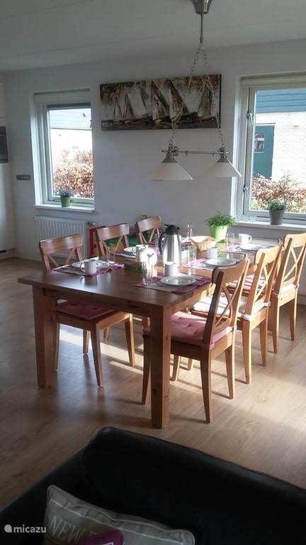 ruime eetafel 6 personen