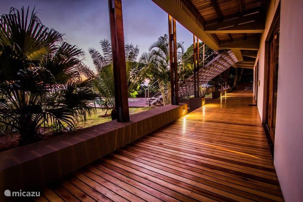 Ongoye View Residence - Mtunzini Veranda begane grond