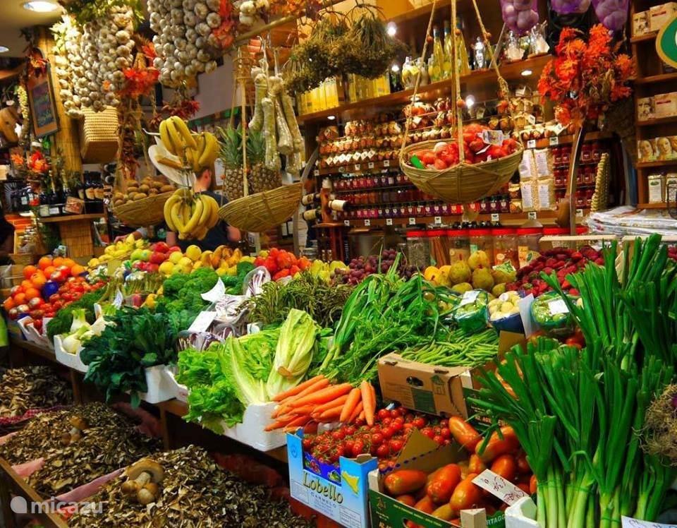 Wekelijkse markt Torrevieja
