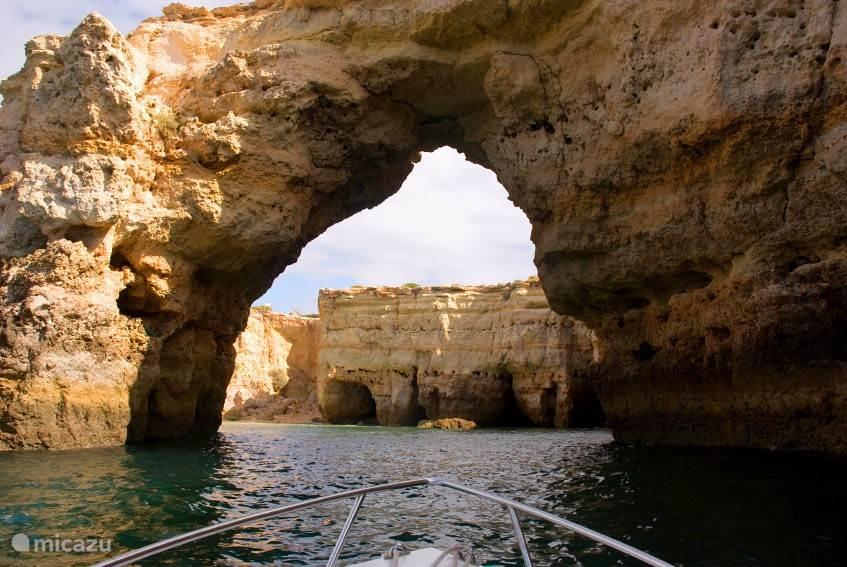 Bezoek de grotten bij Carvoeiro
